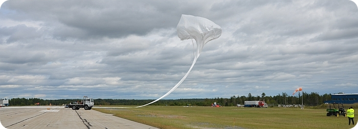 View of the MIPAS balloon just released (image copyright: CSA)