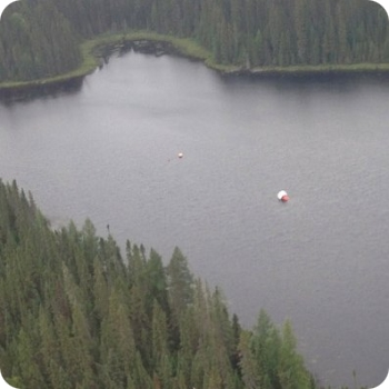 Aerial View of the gondola floating in the lake (image copyright: Euso Balloon team)