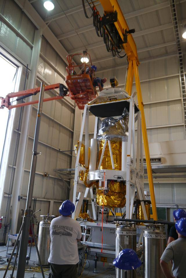 Preparing the BRRISON gondola inside the High Bay building at Fort Sumner, New Mexico (picture: BRRISON team)