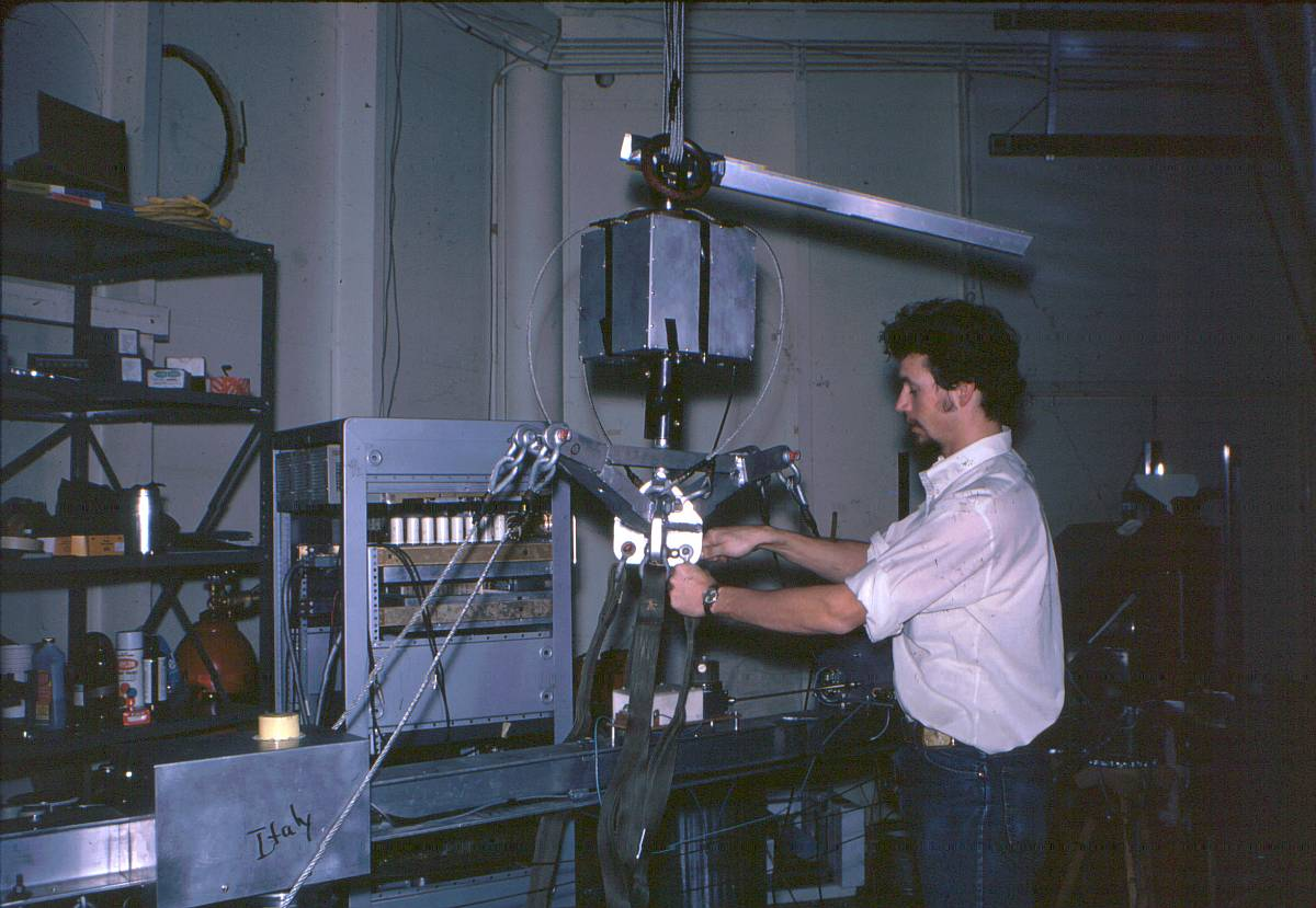 Dave Koch working on pointing system of the Telescope before the first flight (Copyright: David Koch)