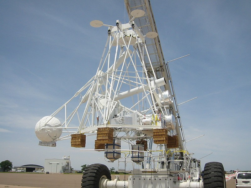 Side view of the instrument minutes before the launch. Copyright: HEFT team
