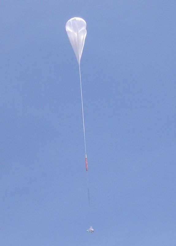 After the launch the balloon is ascending.Copyright: HEFT team