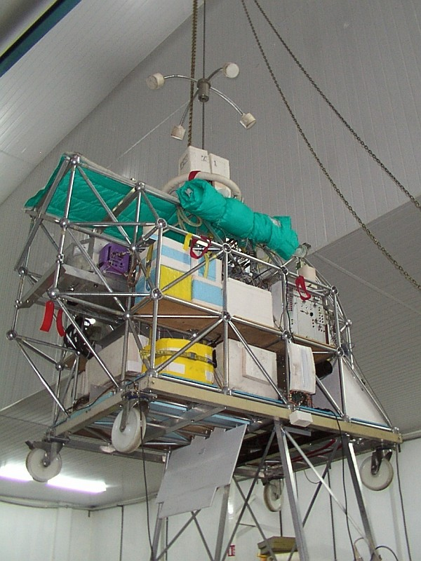 The LPMA gondola containing the IASI and REFIR-PAD instruments being readied for flight
