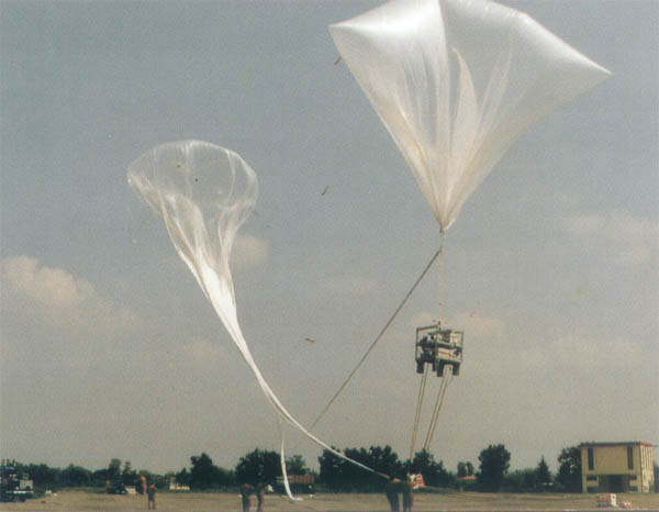 RADIBAL launch hanging from auxiliar balloons