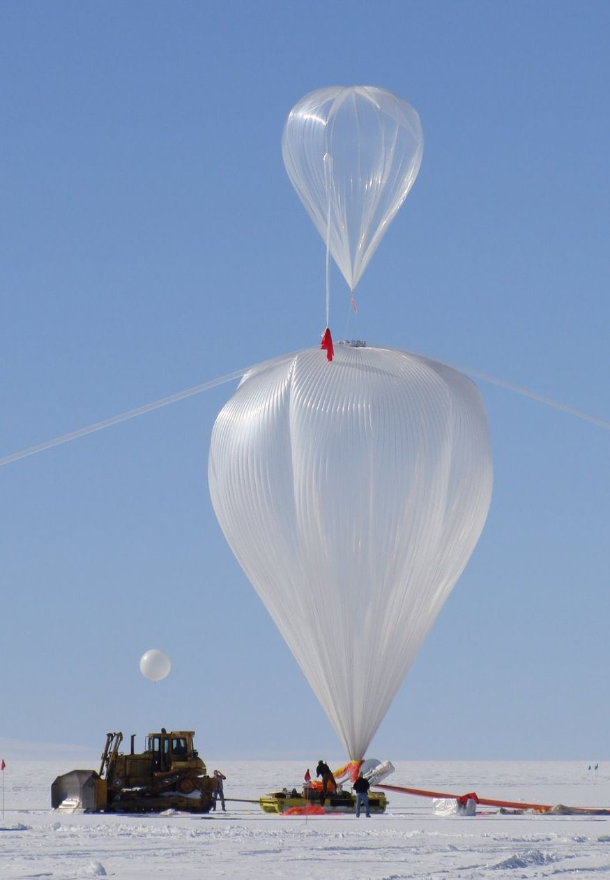 Main balloon inflation (Picture: Mike Smith)