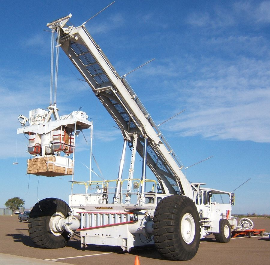 Thunderbird payload carrier attached to Big Bill launch vehicle and positioned for launch (Image Courtesy: Steve Horan)
