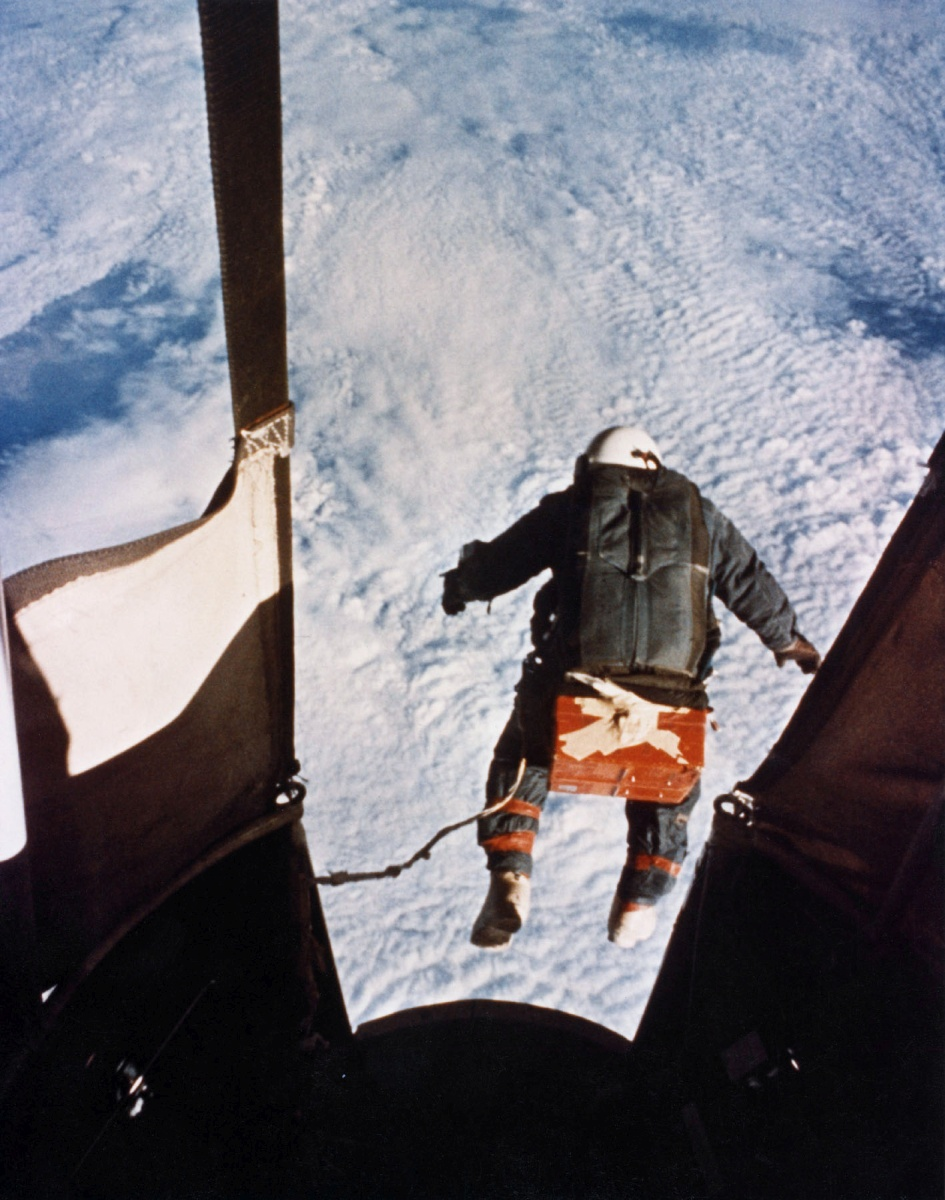 The moment of truth: Kittinger jumps from 102.800 ft. The picture was obtained from an automatic onboard camera located there by the National Geographic Society
