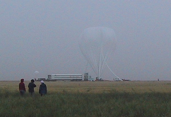 Balloon inflation. The morning was foggy.