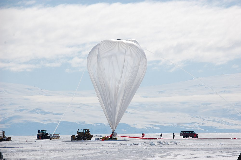 The superpressure balloon almost fully inflated (Picture Matt Truch)